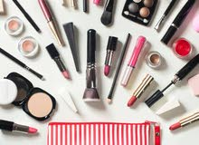تعلن شركة معمل الكيميائي عن بدء كورس مستحضرات التجميل الدورة 13