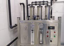 محطة فلترة مياه وتوزيع