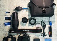 اعلان بيع كاميرا ..كانون النوع :700D  الملحقات.. عدستين. عدسه 50 عدسه 1