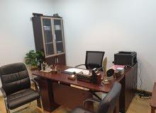 غرفة مكتب للإيجار  مع crبمنطقة راقية ب100 فقط