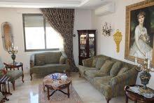 شقه طابق اخير مع روف للبيع في الاردن - عمان -الشميساني مساحة 288متر