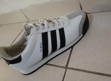 احذية جديدة