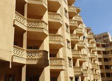 شقة 74م تطل على حمام سباحة فى شارع مسجد العوام سوبر لوكس