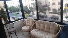 شقة فارغة للايجار ضاحية الأمير راشد فارغ او مفروش