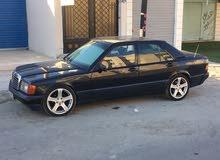 Available for sale! +200,000 km mileage Mercedes Benz E 190 1991