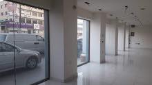 محل للايجار في شارع عبدالله غوشة
