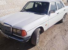 مارسيدس سي20 1977