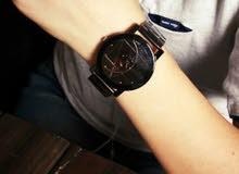 ساعة رجالية - بتصميم هندسي مميز