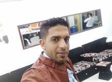 حلاق يمني متواجد في الرياض من يريد افتح أنا وية محل والخير للجميع المحل جاهز إلي