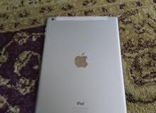 ipad air 2 بدون علبه وا 128 GB السعر قابيل لنقاش