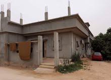 منزل للبيع ارض عصمان بالقرب من المساكن