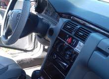 مرسيدس E200  بحاله جيده للبيع