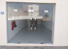 محل للايجار جديد واجهه أماميه في الأنصب 75 متر