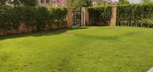 شقة 199م + حديقة 116م للبيع بالتجمع الخامس