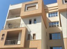 شقة سكنية حديثة البناء للبيع ...