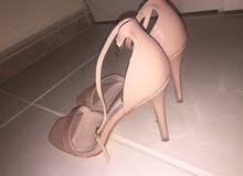حذاء نسائي قياس 39