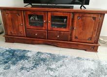 طاولة تلفزيون نوعية الخشب صولد