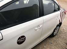 Automatic Toyota 2015 for sale - New - Ja'alan Bani Bu Ali city