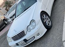 للبيع سياره مرسيدس فل اوبشن c200 بحالة جيدة ماشي تقريبا 138