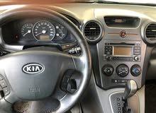 للبيع كيا كارينز موديل 2010 السيارة بحالة ممتازة