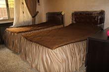 شقة ارضية فخمة 3 نوم في الرابية