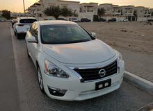 For sale Nissan Altima car in Sharjah
