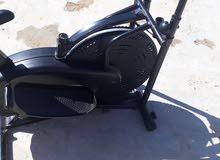 دراجة راضية ثابتة مستعملة استعمال خفيف للبيع 600 دينار غير قابل للنقاش