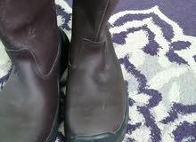 حذاء سفتي مقاس 43