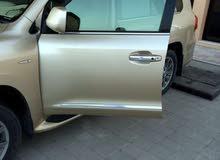 لكزس لاند كلوزر موديل 2011 نظيفه بدون حوادث صبغة وكاله مطلوب 12500