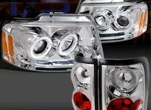 يعلن محل الانطلاقه لقطع غيار السيارات الامريكيه عن وصول تشكيله جديده من فنارات ا