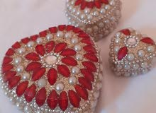 علبة للمجوهرات مرصعة صناعة يدوية