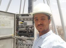 خريج كليه الهندسه تخصص اتصالات والكترونيات