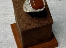 خاتم مربع عقيق كبدي يماني
