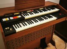 بيانو انتيك مكان الشراء من بريطانيا سنه 1977