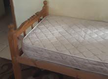 سرير خشب مفرد بالمرتبة سليب هاى