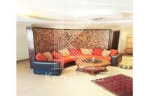 شقة أرضية فاخرة للبيع في عبدون