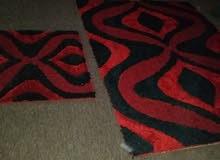 قطعتين فرش احمر