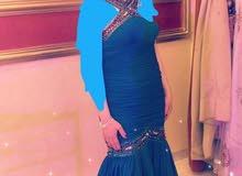 للبيع فستان لون تركواز لبسه واحده