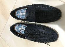 حذاء رجالي جديد غير مستخدم ماركة( لينيا )linea جلد قياس 40 بسعر مناسب