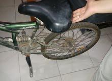 دراجة هوائية بحالة جيدة 5 سرعات لون اخضر