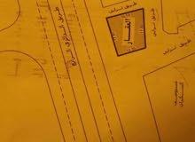 ارض للبيع علي 4 واجهات في منطقة السكيرات