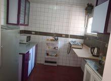 مطبخ بالرخامة يصلح لجميع المساحات الصغيره والكبيرة استعمال خفيف جدا