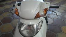 دراجة سبيسي للبيع نضيفة اللون ابيض مامصلحة ابد  ((السعر 450 وبيها مجال))
