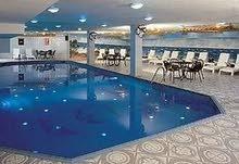 فندق 4 نجوم بمنطقة استراتيجية للبيع