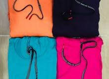 هوديات بألوان ومقاسات مختلفة