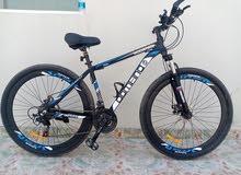 للبيع دراجه هوائيه المنيوم بحاله ممتازه استخدام بسيط