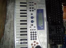 بيانو Casio بحالة ممتازة جدا للبيع
