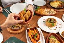 مطلوب 1كاشيره و1محاسبه(نساء) في مطعم شاورما وبروستد ومعجنات
