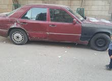 سياره مرسيدس بإحالة جيده للبيع