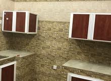 شقة - المعبيلة- حوش عشبي فالسطح- واي فاي